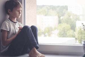childhood-trauma-contributes-to-alcohol-drug-addiction-mental-health-issues