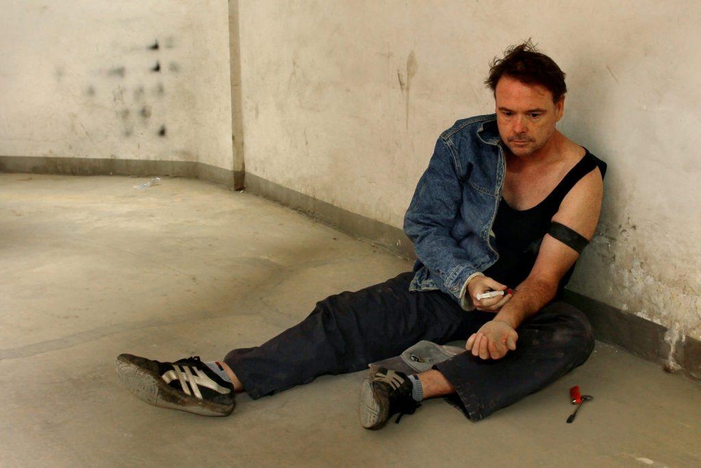 heroin-shooting-up-injecting-drugs-needles-IV-drug-use-addiction-treatment-Houston-TX
